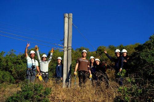 Una foto grupal antes de que Hernán salte.